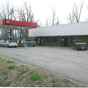 Commercial Listing 761 South Blanche, Mounds, IL 62964