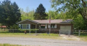 Ranch Home                       25383 Big Bend Road, Tamms, IL